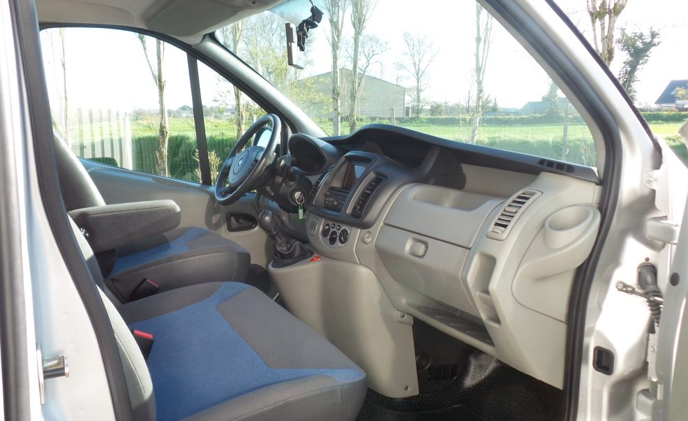 renault-trafic-2013-amenage-photo-03